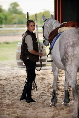 choosing riding school